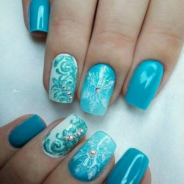 "18 Ice Blue Nails - Beautiful ""frozen"" design as unique as snowflakes."