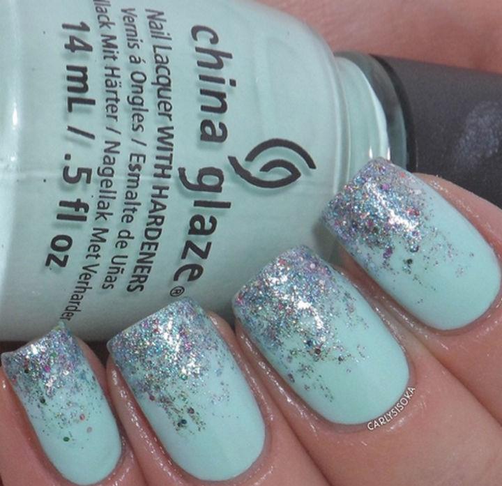 39 Winter Nails - Glitter gradient.