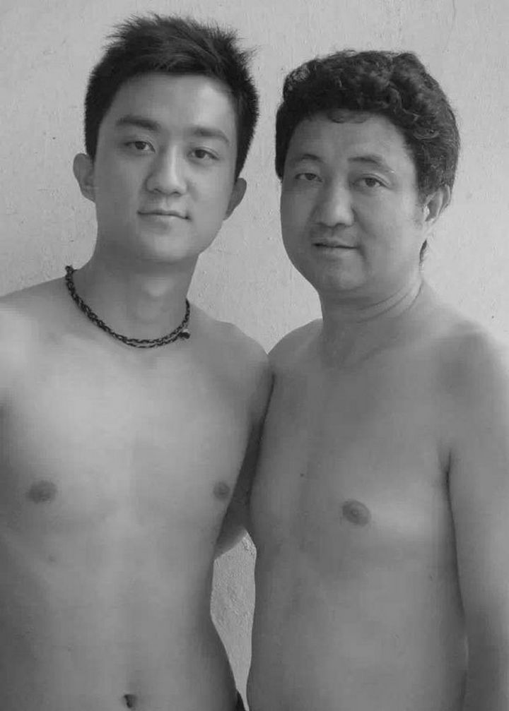 Father takes photo with his son every year. This one was taken in 2006.