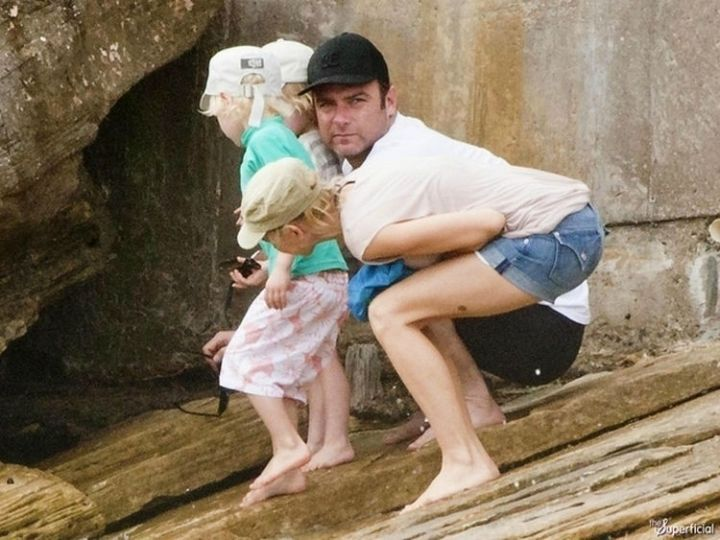 31 Hilariously Misleading Photos - That isn't actor Liev Schreiber showing off his shaved legs.