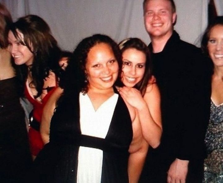 31 Hilariously Misleading Photos - That is not a naked woman at a party.