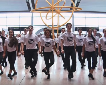 'Take the Floor' Irish Dancers Perform Flashmob at Dublin Airport