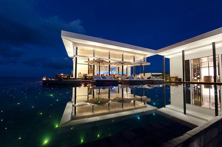 35 Epic Swimming Pools From Around the World - Jumeirah Dhevanafushi resort in the Maldives.
