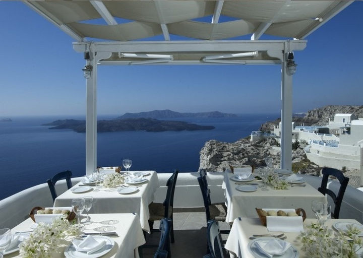 39 Amazing Restaurants With a View - Caldera in Santorini, Greece.