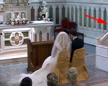 Priest Sings Custom Version of 'Hallelujah' for Wedding Couple.