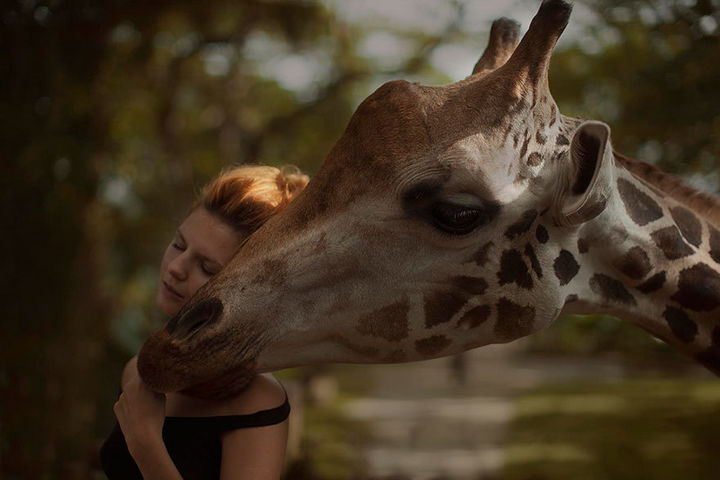 Russian Photographer Katerina Plotnikova Takes Mind-Blowing Photos of Models With REAL Animals