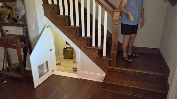 When her nephew, Will Rigdon, came to visit her on Labor Day, he noticed a tiny room underneath the stairs.