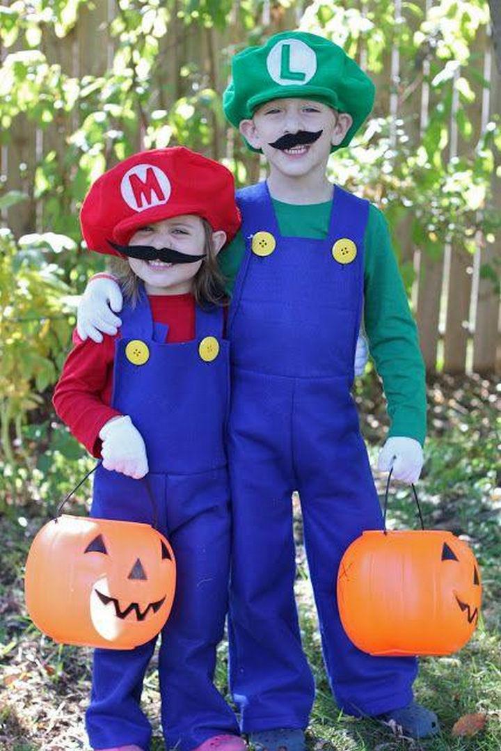 23 Super Mario and Luigi Costumes - Super Mario and Luigi looking sweeter than ever!