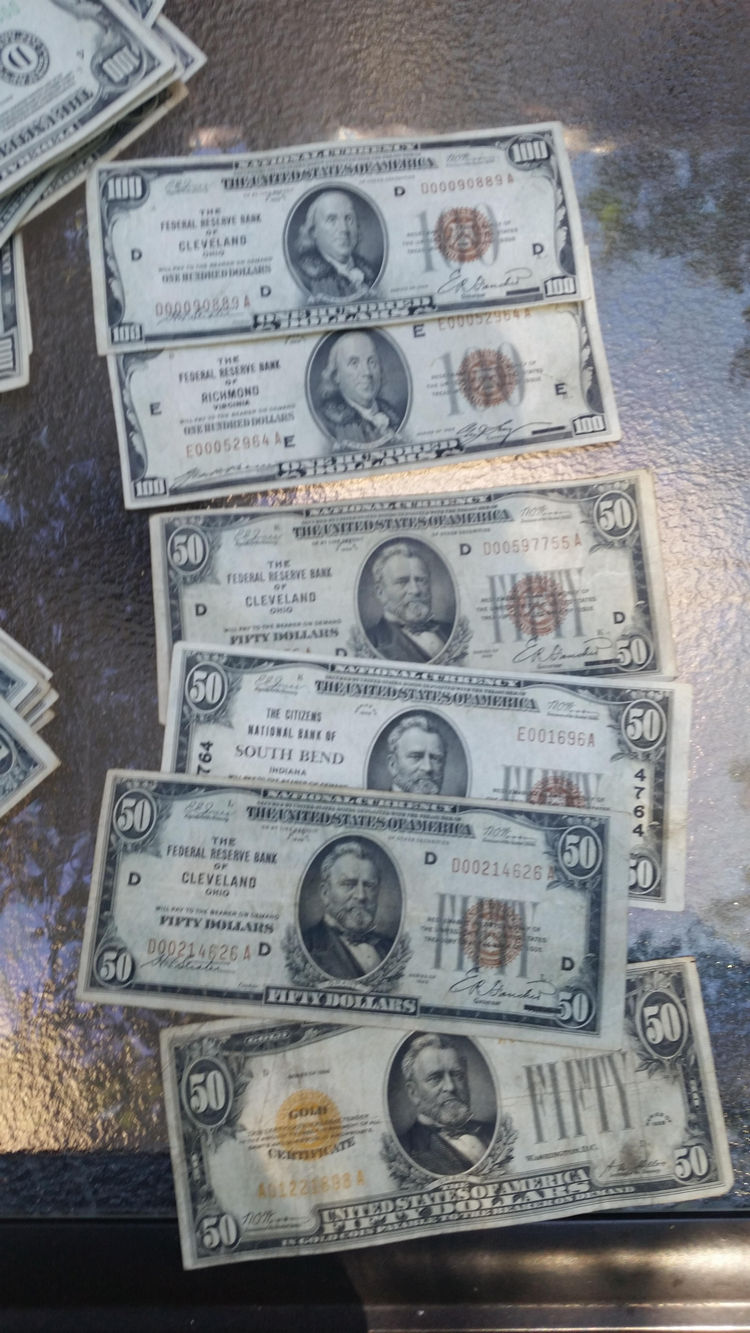 man-finds-box-full-money-his-ceiling-during-renovations-18