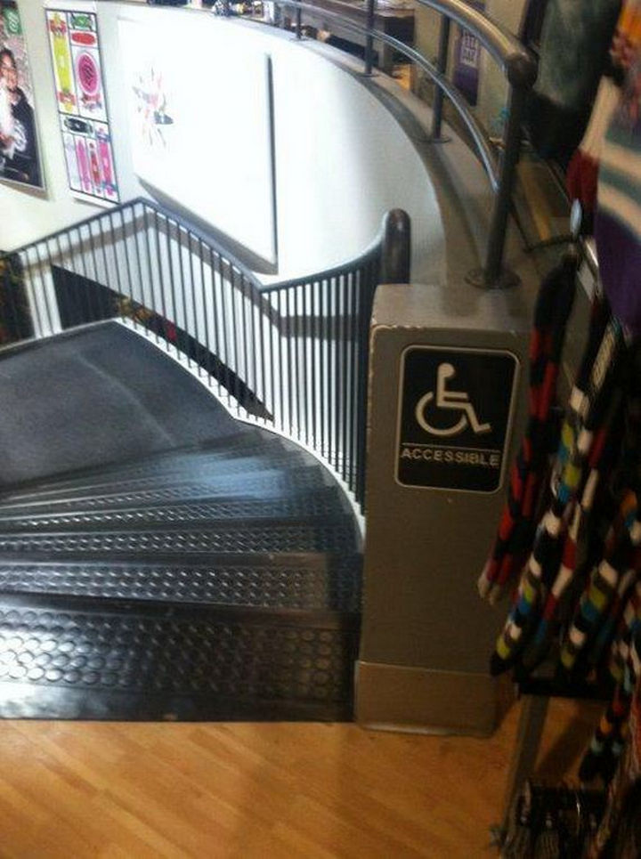 25 People Who Simply Had One Job - Not 100% accessible.