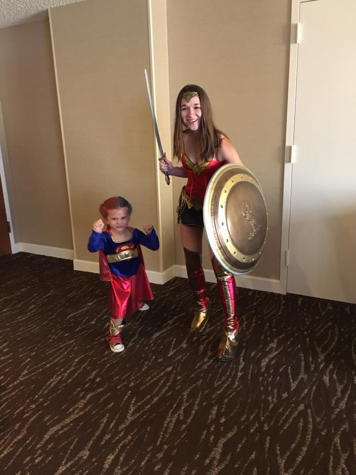 Supergirl and Wonder Woman taking on Comic Con!