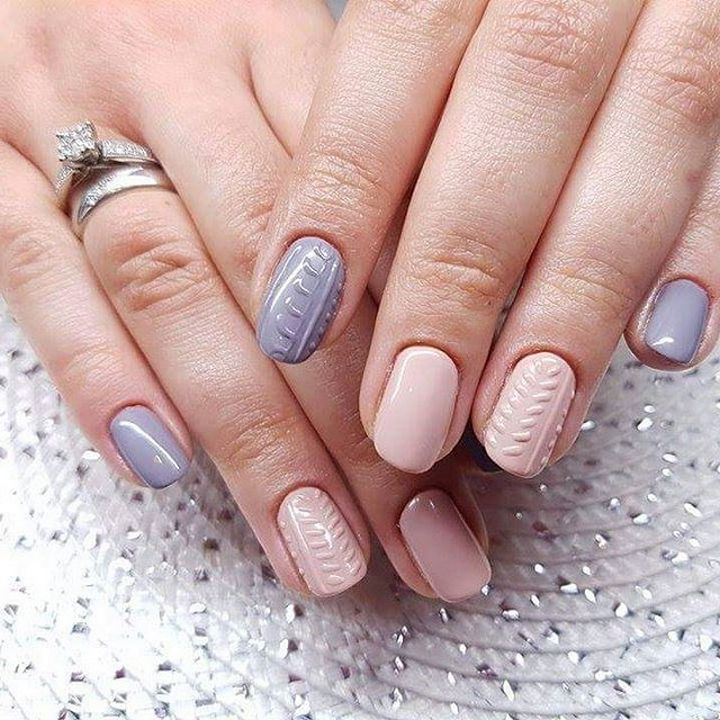 10 Winter Sweater Nails - These nails look so cozy!