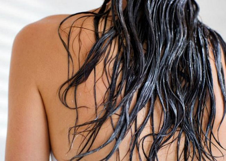 14 Lazy Girl Hair Hacks - Avoid oily hair problems by preventing conditioner from touching your roots.