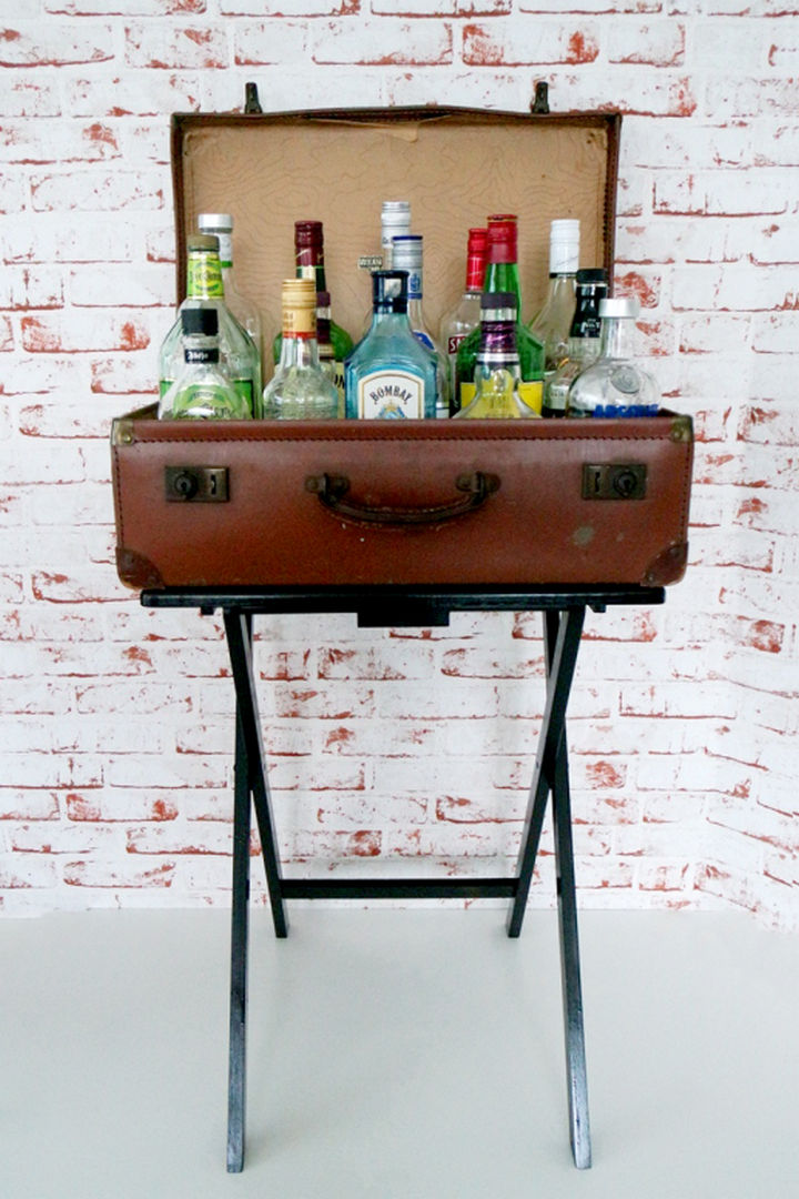 18 DIY Bars and Bar Carts - Suitcase bar table.