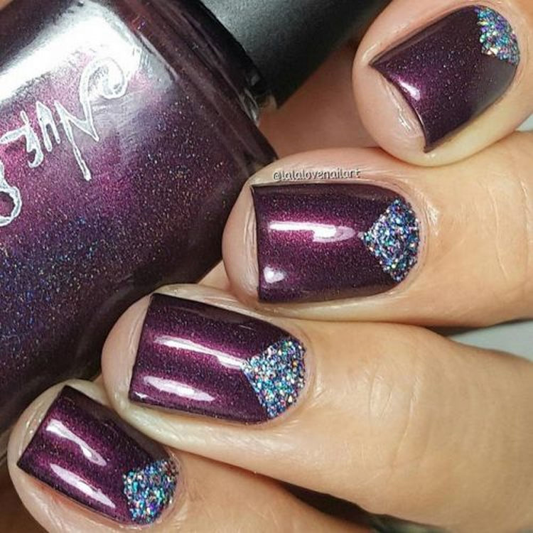 17 Winter Nails - Edgy purple nails with just the right amount of glitter.