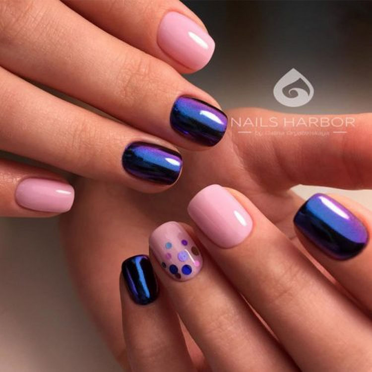 17 Winter Nails - Simple but elegant winter nails that are simply lovely.