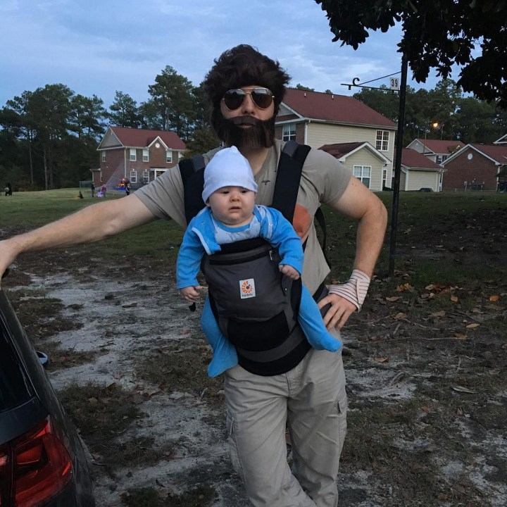 17 Funny Halloween Costumes for Babies - Alan and Baby Carlos costume from The Hangover.