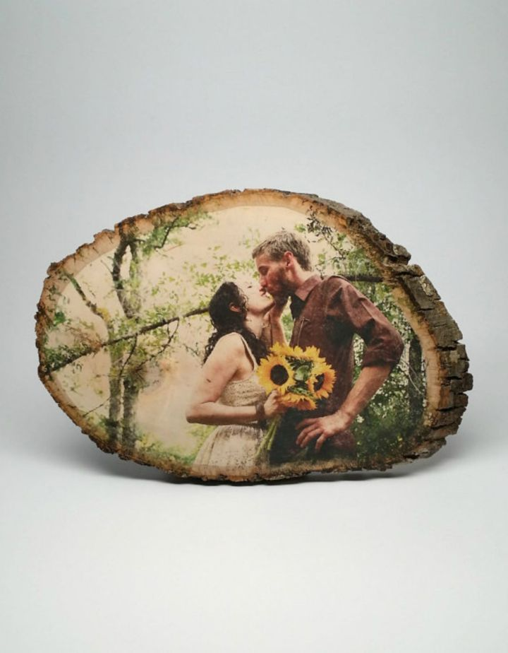 21 Unique Valentine's Day Gifts - Personalized wood photo.