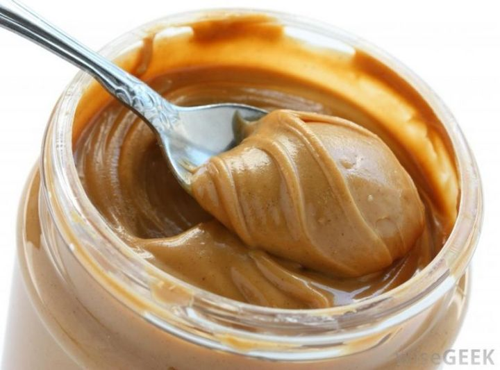 12 Peanut Butter Uses - Use peanut butter to help remove sticker residue.