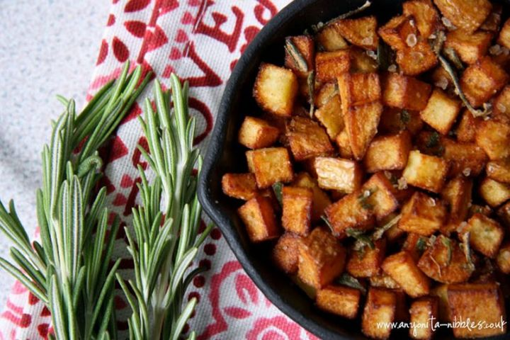 29 Best Potato Recipes - Mediterranean Salted Breakfast Potatoes.