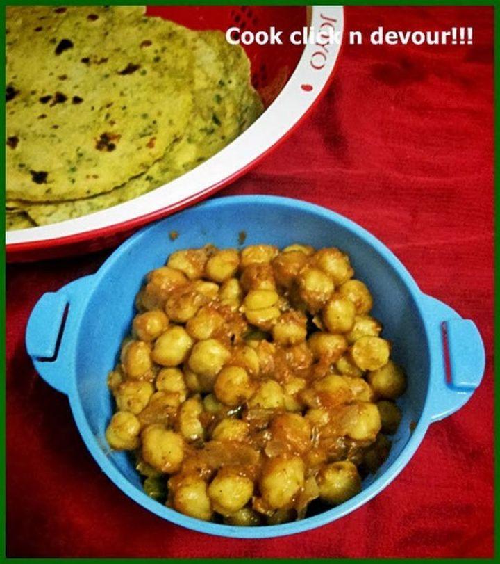 49 Indian Side Dishes - Punjabi Chole (Chole Masala).