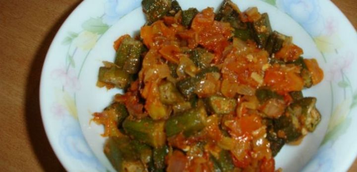 49 Indian Side Dishes - Okra With Tomatoes.