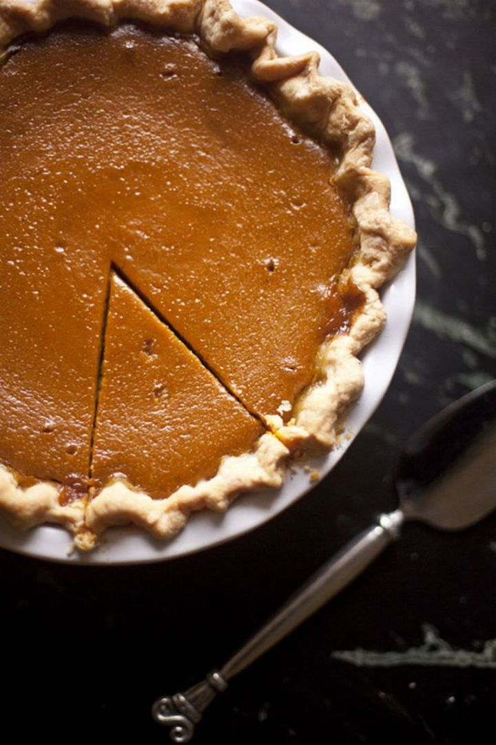 27 Pumpkin Pie Recipes - Caramel Apple & Pumpkin Pie.