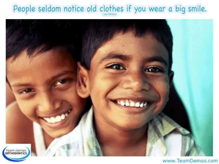 "55 Smile Quotes - ""People seldom notice old clothes if you wear a big smile."" - Lee Mildon"