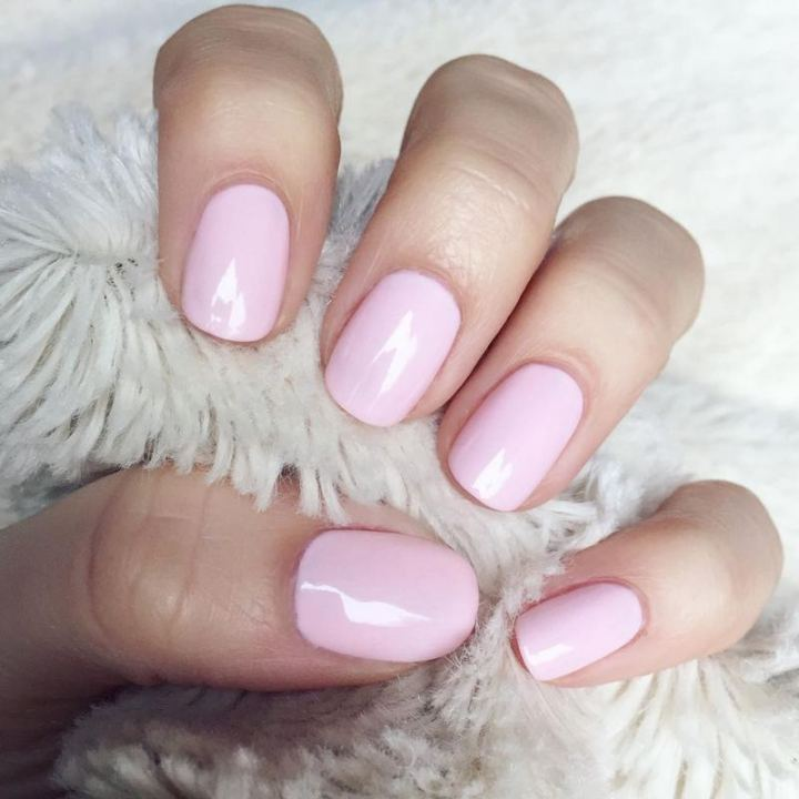 Cute and pretty baby pink nails.