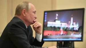 Vladimir Putin still uses Windows XP despite the risk of hacking. The most recent operating systems from Microsoft have not received secret-defense