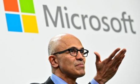 Hackers Try to Undermine Microsoft with SolarWinds Code ‣ TechReen