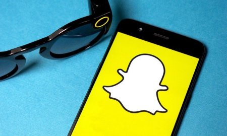 Snapchat joins Twitter in permanently banning Donald Trump