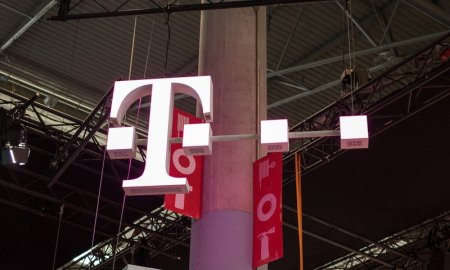 T-Mobile beats Verizon and AT&T to take U.S. 5G speed crown