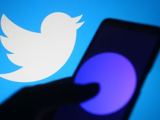 Twitter Is Now Letting Anyone With Over 600 Followers Host a Live Chat on Spaces