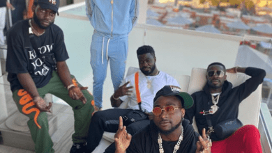 Photo of Check out Davido's response to Michael Blackson when asked how he got to the US when boarders are closed