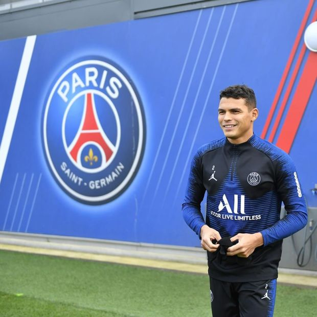 Thiago Silva close to Chelsea move after losing UCL final against Bayern.  Kingsley Coman's second-half header in Lisbon saw Bayern Munich win their sixth European Cup and deprived the Brazilian defender and PSG their first Champions League title.