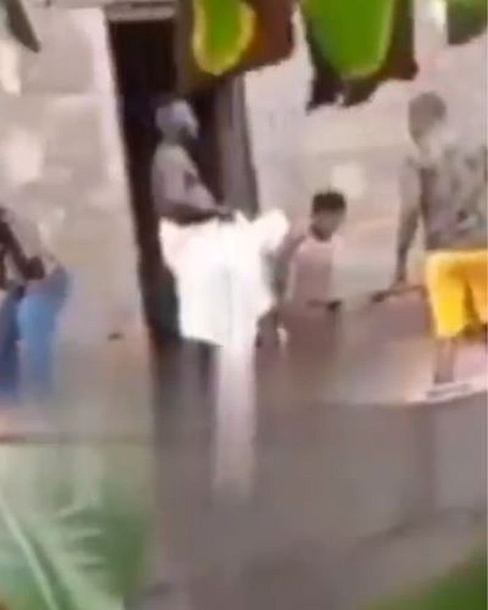 A Married woman glued to lover while having s3x in Ogun state (Watch video).  A video making rounds online captured moment an unidentified married woman got glued to her lover