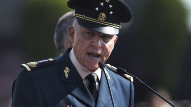 Photo of Mexico ex-defence minister arrested in US on 'drug charges'