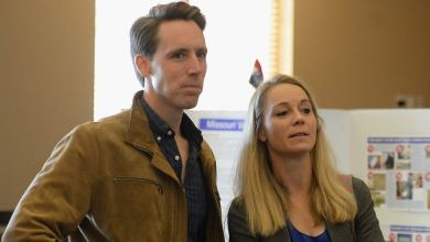 Hawley's wife files complaint against organizer of protest outside their home