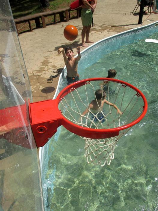 Pool~129-Good_shot_Noah