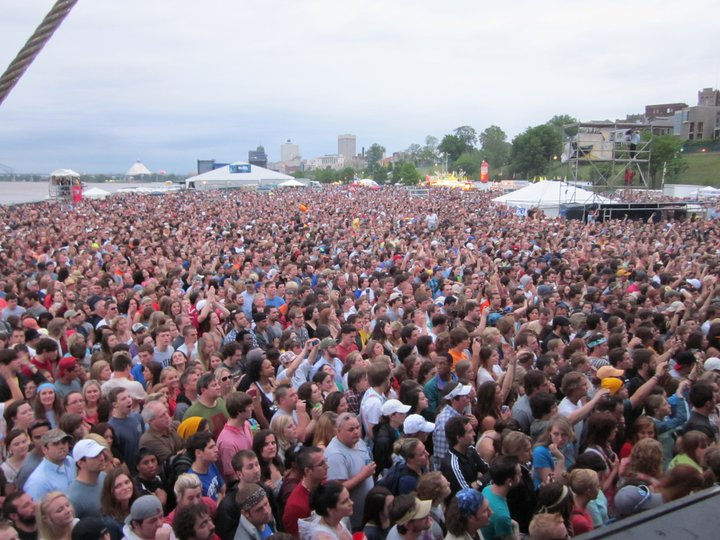 mim-crowd