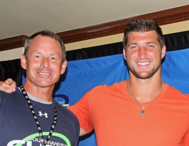 tommars-timtebow