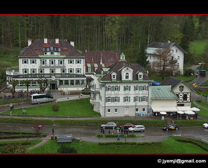 Autour du Chateau de HohenSchwangau , Baviere Allemagne par © Hatuey Photographies