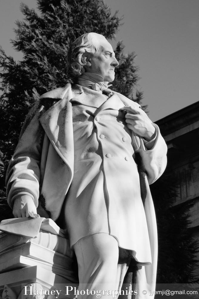 """Paris, Cimetiere du Pere Lachaise , Photographies de Paris, Cemetery Graveyard Cementerio Cimitero Friedhof , Cimetiere du Pere Lachaise , Photographies de la tombe de TAYLOR Isidore Justin dit le Baron (1789-1879) par """"©Hatuey Photographies"""""""