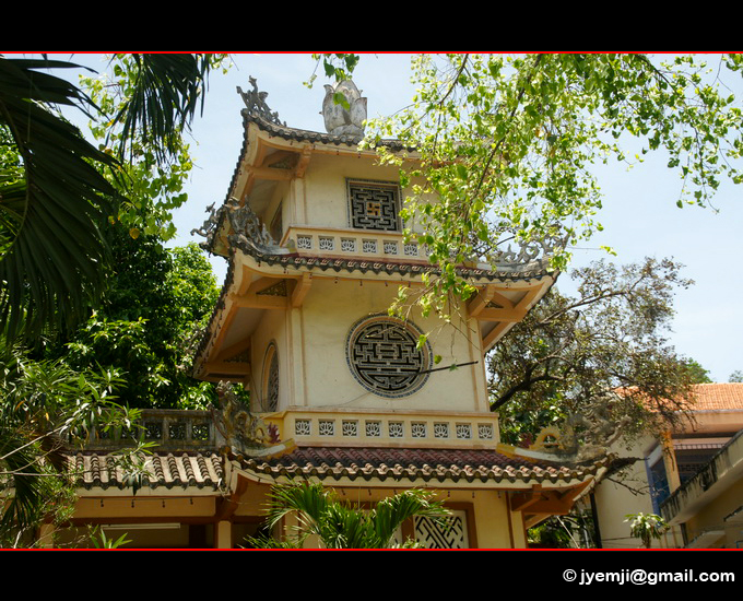 Vietnam Pagode Long Son Hatuey Photographies)