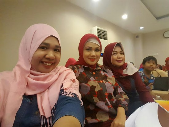 blogger di FGD Penyusunan Naskah Kuliner