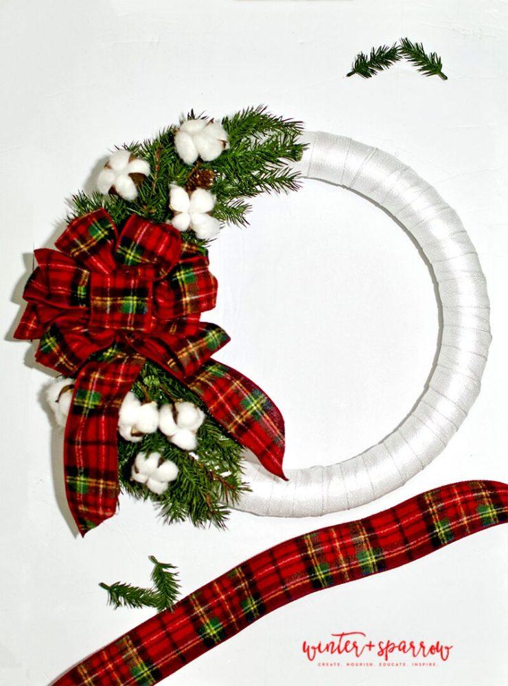 DIY: Make A Tartan Plaid Wreath In 30 Minutes For Less Than $15 [Video Tutorial] | winterandsparrow.com #tartanplaid #plaidwreath #plaidoutdoorwreath