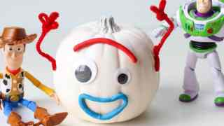 DIY Toy Story 4 Forky Pumpkin