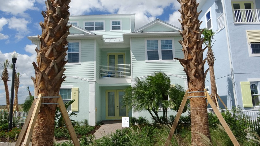 Margaritaville Cottage Home For Sale. 4090-B Model. 8 Bedrooms with 10 Bathrooms. Rich Noto Realtor in Margaritaville Resort