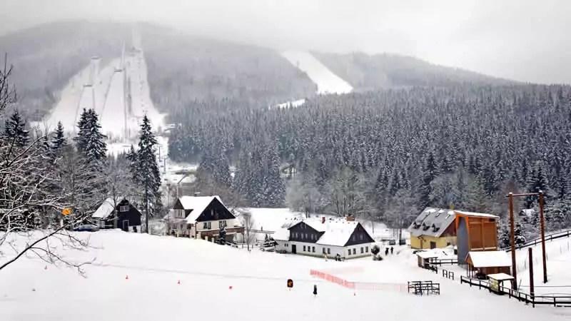 Hoe reis je naar de wintersport in Tsjechië?